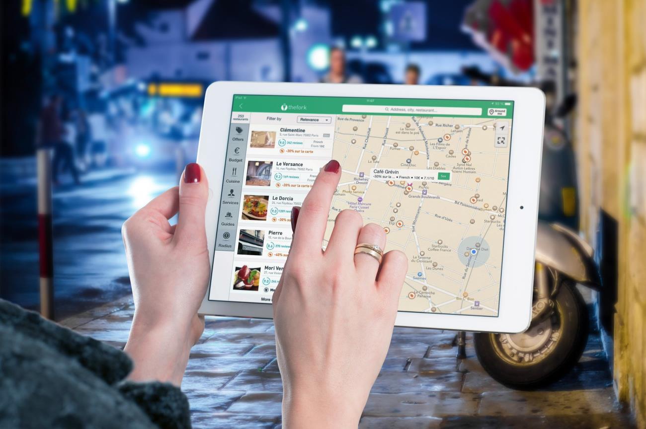 Aplicatii cu harti Google